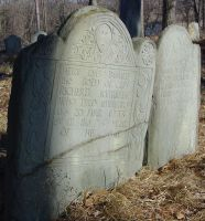 Kimball, Richard (1659-1733) and his wife Sarah Spofford Kimball (1662-1713/14) [Headstone photo]