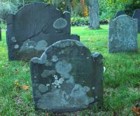 Osgood, Timothy (1659-1748) [Footstone photo]